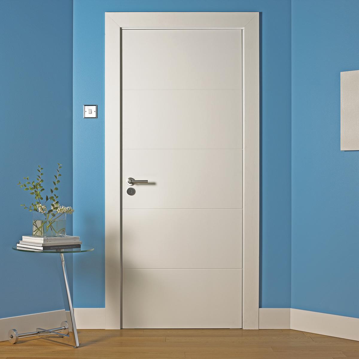 Lineal Doors